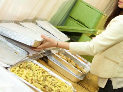 Donazione di 3000 vaschette Cuki ad Equoevento, solidarietà contro lo spreco alimentare